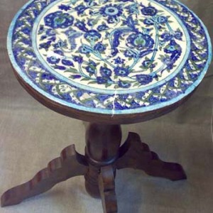 Iznik_Tile-Top_Table,_antique