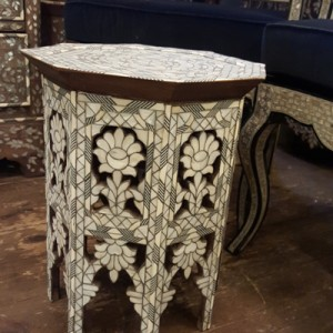 fully inlaid table 025